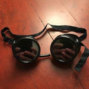 Black Plastic Round Steampunk Costume Goggles